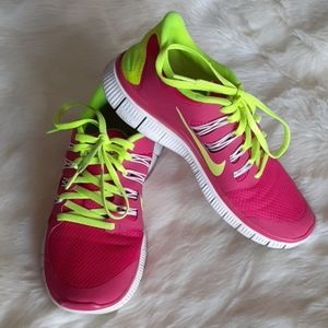 """Nike """"Nike Free 5.0"""" Women's Running Shoes SZ 8"""
